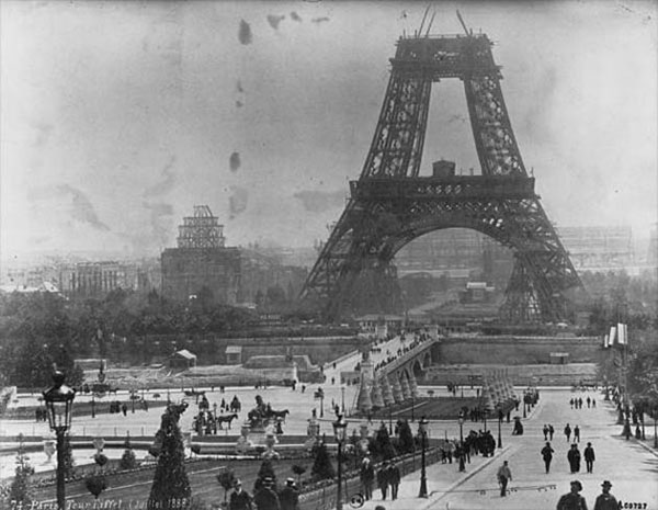 The Making of Eiffel Tower